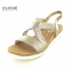 Nadměrné zlaté sandálky,...