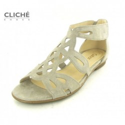Metalické nadměrné sandále...