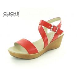 Červené sandále na klínu
